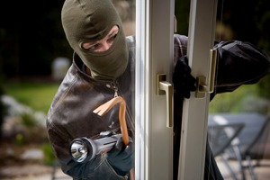 burglar-break-in-1